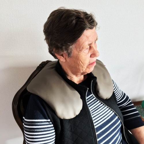 Early Dementia shoulder